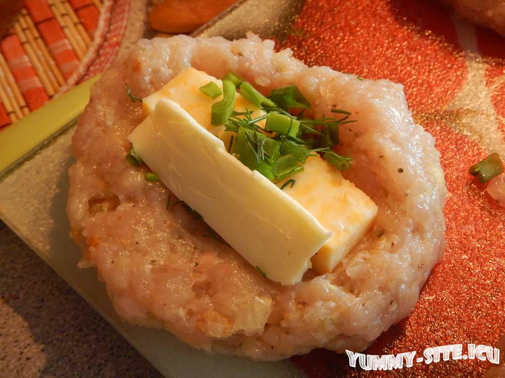 котлеты из курицы с сыром