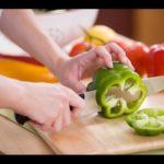 Как нарезать овощи и фрукты быстро