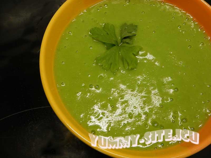 Суп-пюре из брокколи диетический
