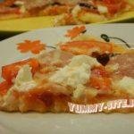 Быстрая пицца на кефире (на сковороде)