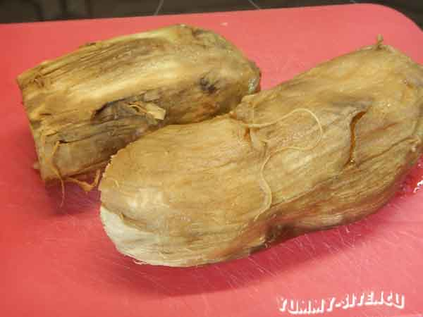 Салат из запеченных баклажанов и перцев